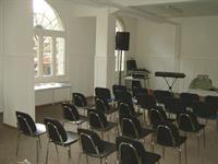 unser grosser Seminarraum in Bern