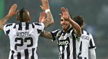 Juve gewinnt gegen Genoa.