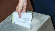 Mehr Bürger als noch im April lehnen die Pro-Service-public-Initiative ab.