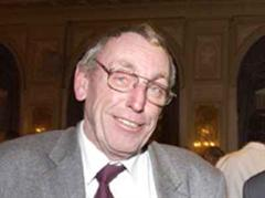 Kommissionspräsident Hermann Weyeneth.