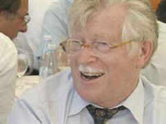 Walter Fust tritt als DEZA-Chef ab.