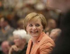 Die Union hält an Angela Merkel für das Kanzleramt fest.