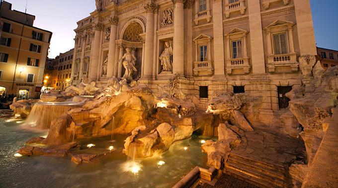 Der Trevibrunnen in Rom.