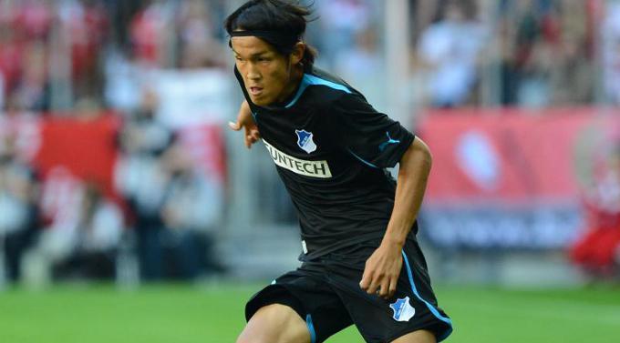 Takashi Usami gehört Gamba Osaka.