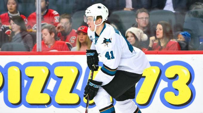 Mirco Müller kehrt zu den San Jose Sharks zurück.