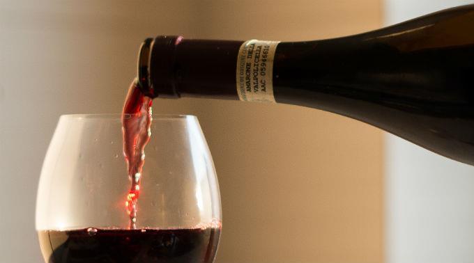 Der Anspruch des Bundesamtes ist es, dass das, was auf der Weinetikette steht, tatsächlich dem Flascheninhalt entspricht. (Symbolbild)